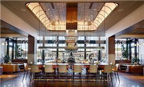 Bacchus Kitchen + Bar, Hotel Vin